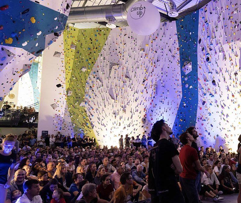 JLP Services félicite Climb Up à l'inauguration de sa salle à Angers